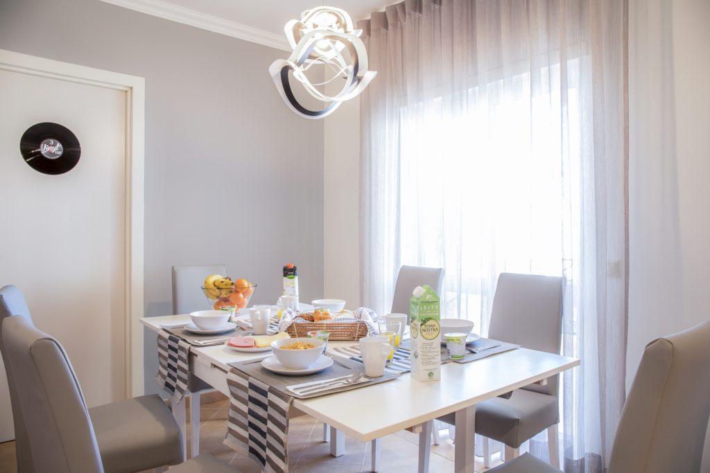 dining-room-vinyl-flat